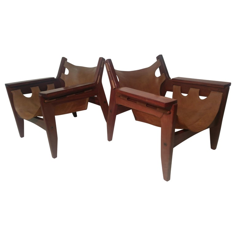 Pair of Mid-Century Modern Rosewood & Leather Lounge Chairs by Sergio Rodrigues For Sale