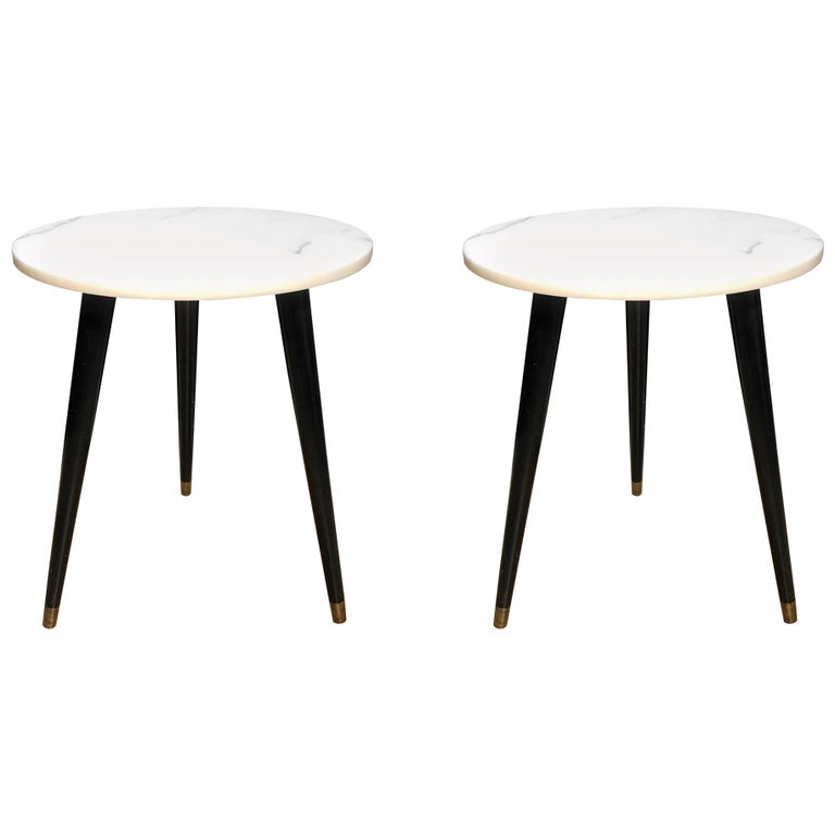 Pair of Mid-Century Modern Round Marble-Top Side Tables For Sale