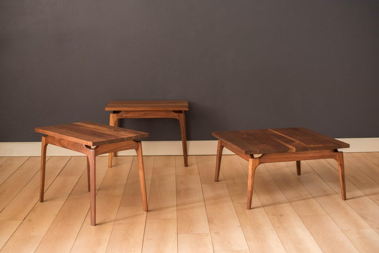 Mid-20th Century Pair of Mid-Century Modern Solid Walnut End Tables For Sale
