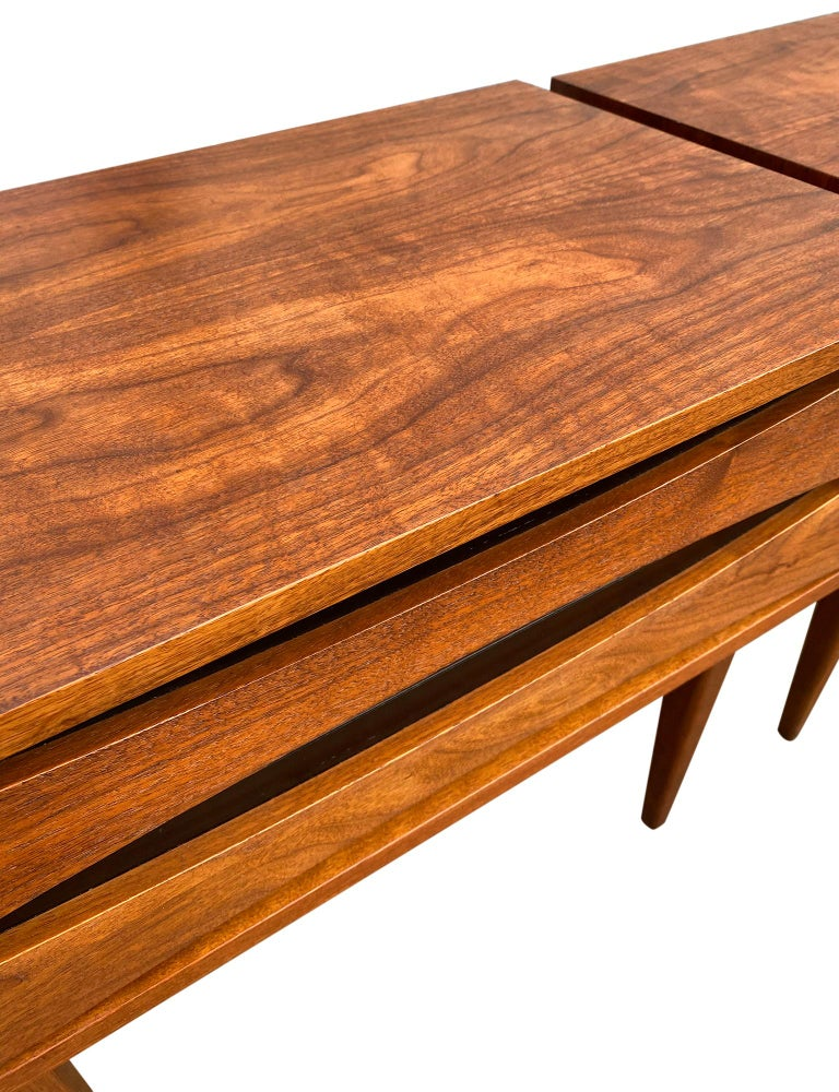 Mid-20th Century Pair of Mid-Century Modern Solid Walnut Nightstands Style of Arne Vodder For Sale