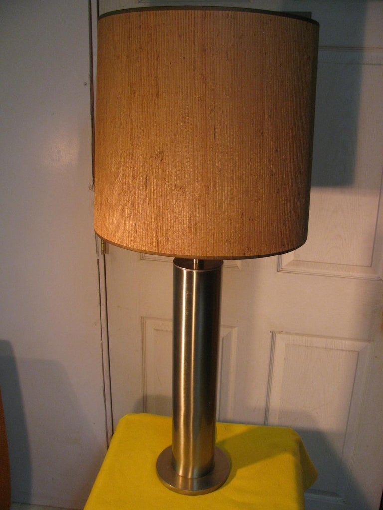 Pair of Mid-Century Modern Stainless Steel Cylindrical Table Lamps For Sale 3
