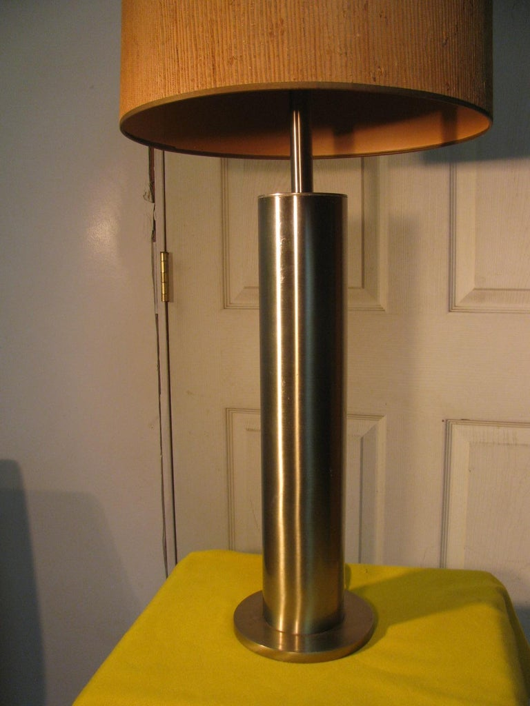 Pair of Mid-Century Modern Stainless Steel Cylindrical Table Lamps For Sale 4