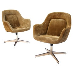 Pair of Mid-Century Modern Suede Side / Guest Chairs by Max Pearson for Knoll