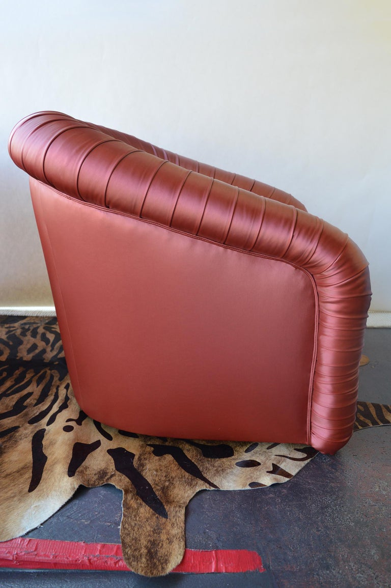 Pair of Mid-Century Modern Swivel Chairs In Good Condition For Sale In Los Angeles, CA