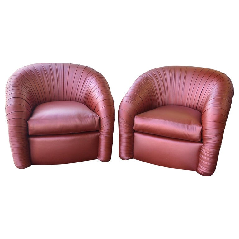 Pair of Mid-Century Modern Swivel Chairs For Sale