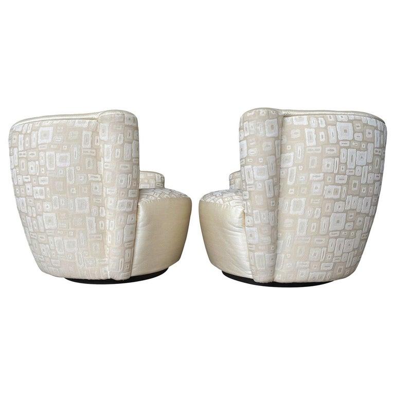 Pair of Mid-Century Modern Swivel Lounge Nautilus Chairs by Vladimir Kagan