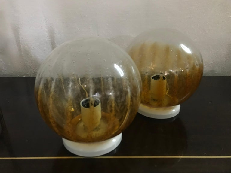 Italian Pair of Mid-Century Modern Table Lamp by Mazzega in Murano Glass, circa 1960 For Sale