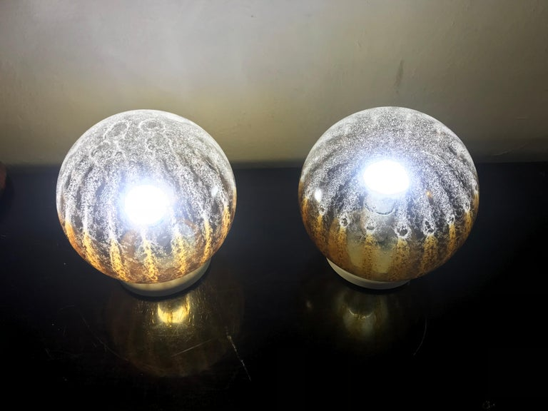Blown Glass Pair of Mid-Century Modern Table Lamp by Mazzega in Murano Glass, circa 1960 For Sale