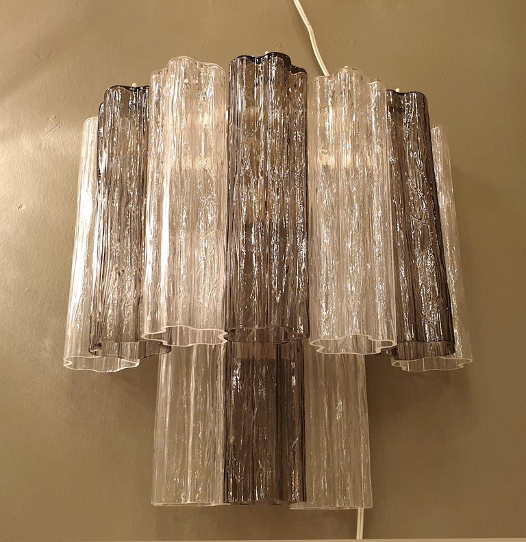 Pair of Mid-Century Modern Tronchi Clear and Beige Murano Glass Sconces, 1970s In Good Condition For Sale In Dallas, TX
