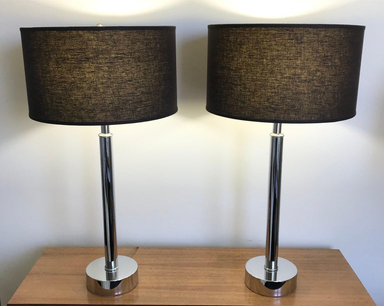 Really nice pair of Mid-Century Modern tubular chrome table lamps in the style of Laurel Lamp Co. Shades not included.