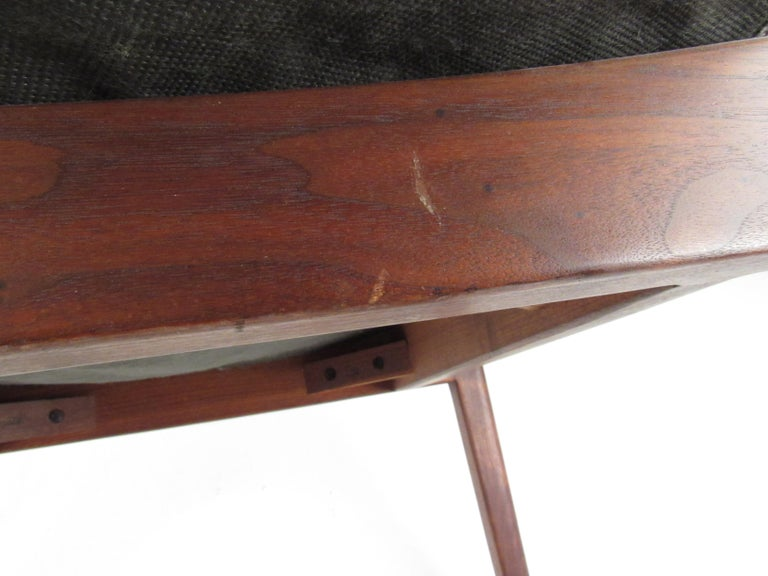 Pair of Mid-Century Modern Walnut Side Chairs For Sale 11