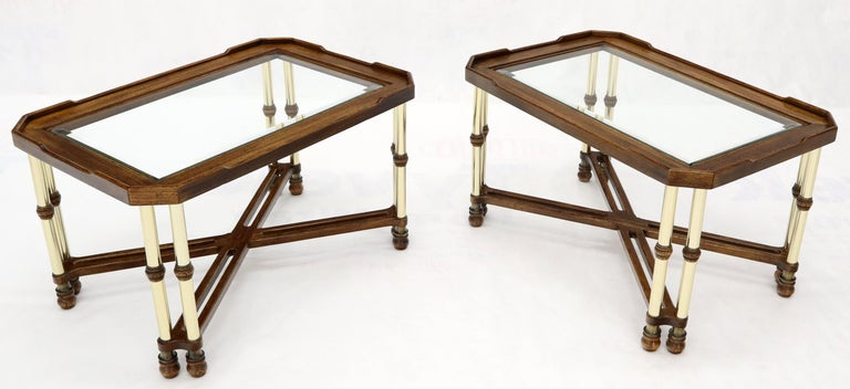 Polished Pair of Mid-Century Modern X-Bases Glass Tops End Side Tables For Sale