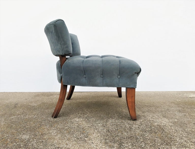 American Pair of Mid-Century Modernist Slipper Chairs in the Manner of Billy Haines For Sale