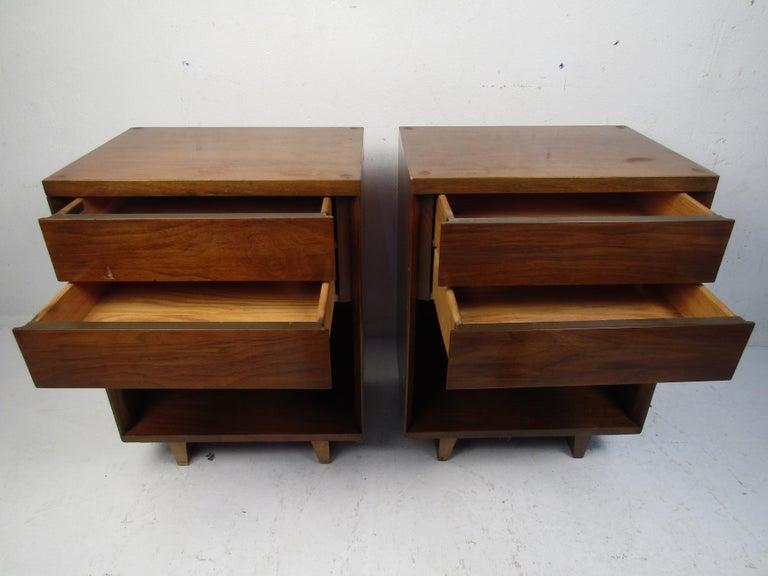 American Pair of Midcentury Nightstands, John Stuart For Sale