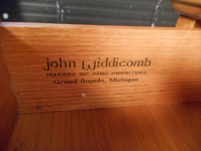 Brass Pair of Midcentury Nightstands by John Widdicomb For Sale
