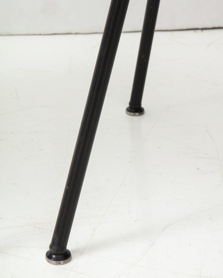 Pair of Midcentury SE-68 Chairs by Egon Eiermann in Original Cowhide For Sale 3