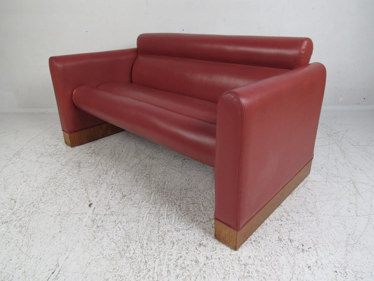 American Pair of Midcentury Settee's by Charlotte Chair Company For Sale