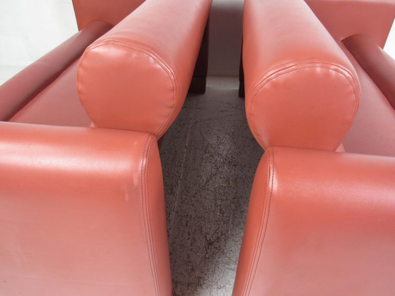 Pair of Midcentury Settee's by Charlotte Chair Company For Sale 2