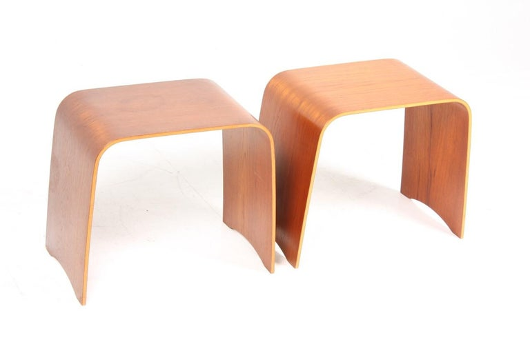Danish Pair of Midcentury Side tables in Teak by Fritz Hansen, Made in Denmark, 1960s For Sale