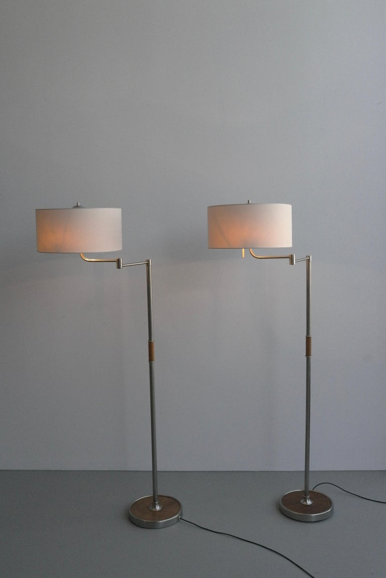 European Pair of Midcentury Swing-Arm Floor Lamps in Metal with Faux Bamboo Wood Details For Sale