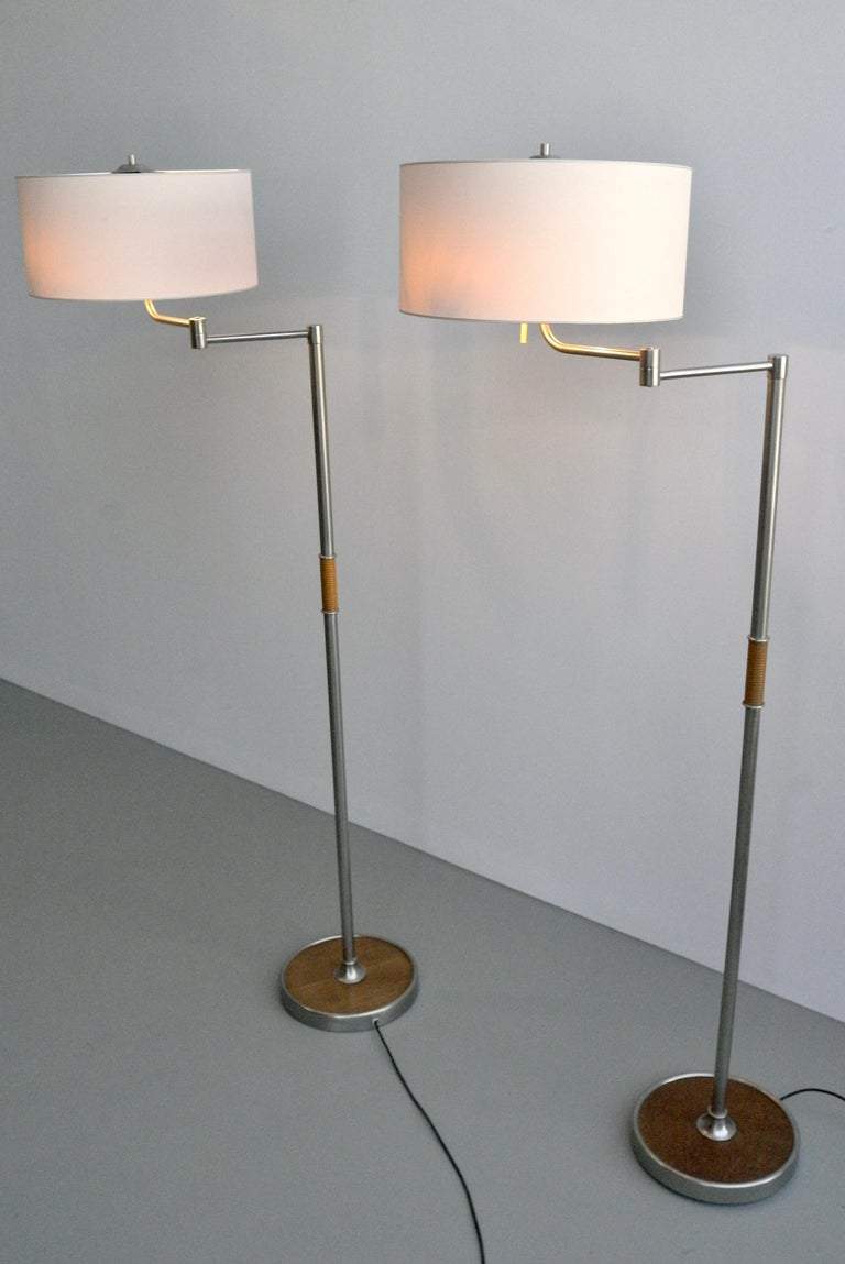 Pair of Midcentury Swing-Arm Floor Lamps in Metal with Faux Bamboo Wood Details In Good Condition For Sale In The Hague, NL