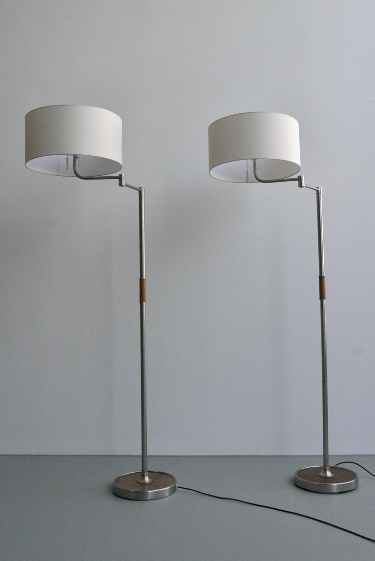 Pair of Midcentury Swing-Arm Floor Lamps in Metal with Faux Bamboo Wood Details For Sale 2