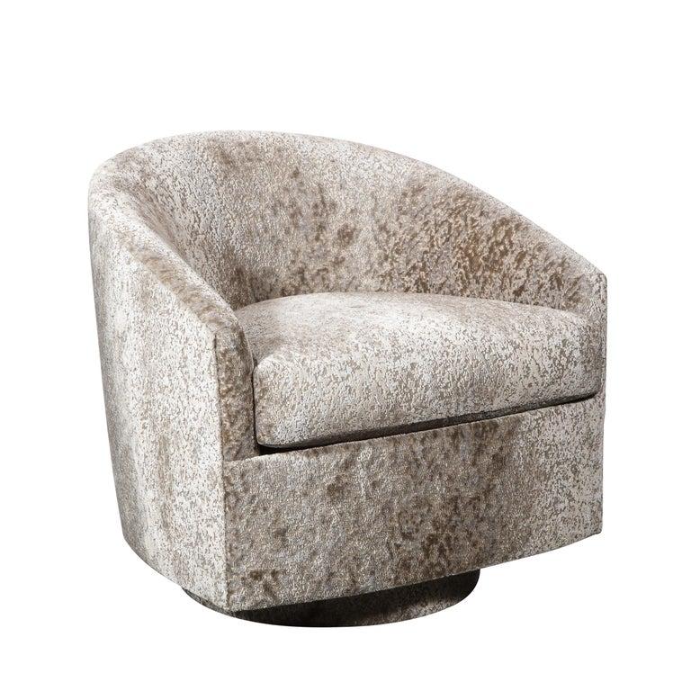 Mid-Century Modern Pair of Mid Century Swivel Barrel Back Lounge Chairs in Holly Hunt Velvet For Sale