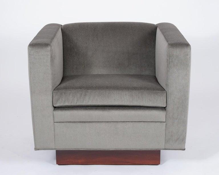 Veneer 1960's Pair of Mid Century Modern Swivel Chairs For Sale