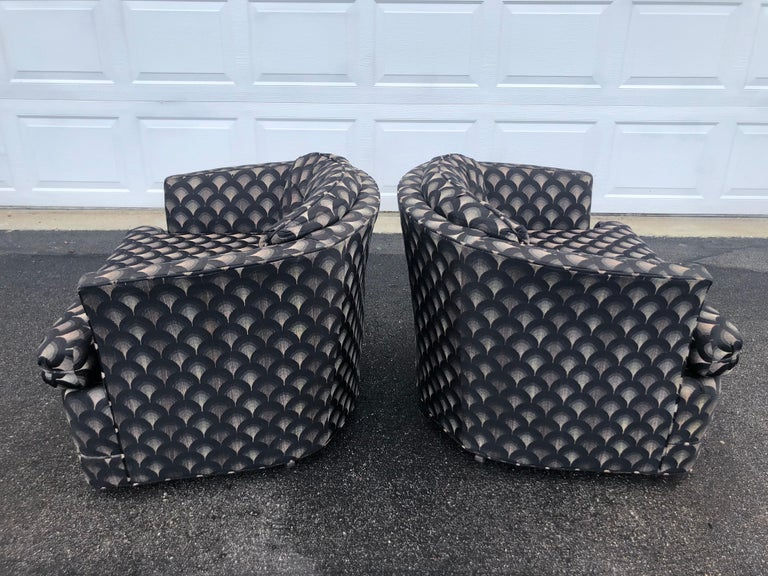 Mid-Century Modern Pair of Mid Century Swivel Club Chairs For Sale