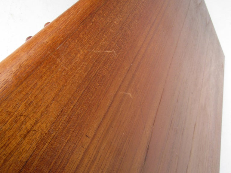 Pair of Midcentury Teak Cabinets with Hairpin Legs For Sale 5