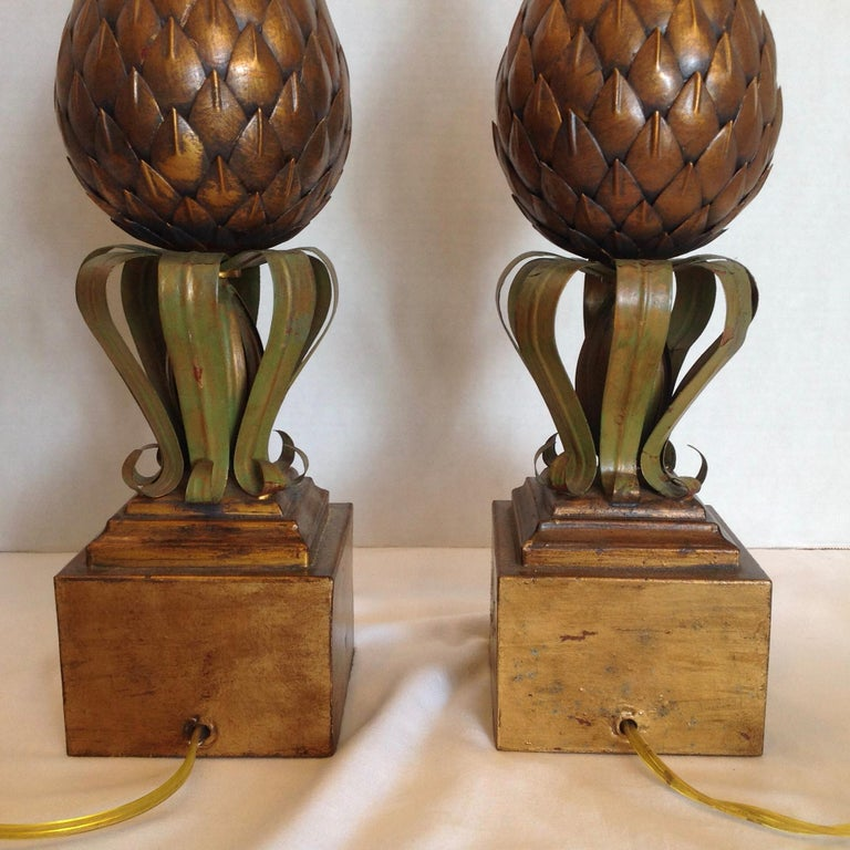 Pair of Midcentury Tole Pineapple Lamps For Sale 1