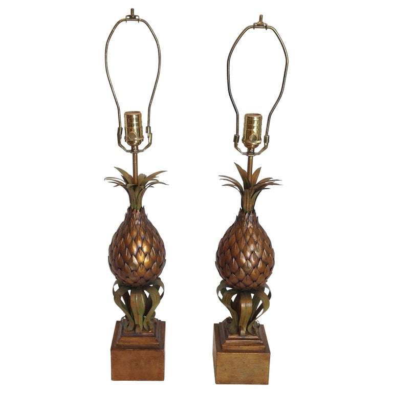 Pair of Midcentury Tole Pineapple Lamps For Sale