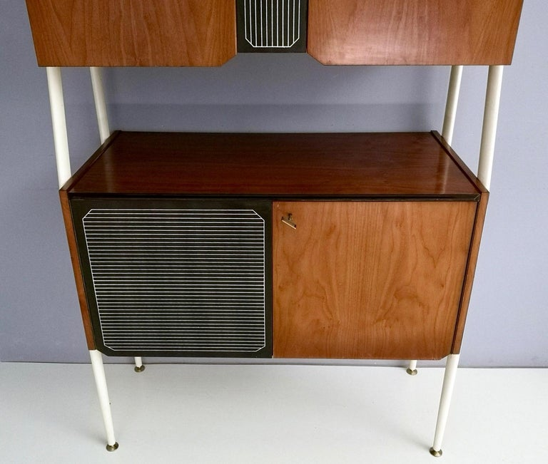 Pair of Midcentury Walnut and Lacquered Wood Cabinets, Italy, 1950s For Sale 4