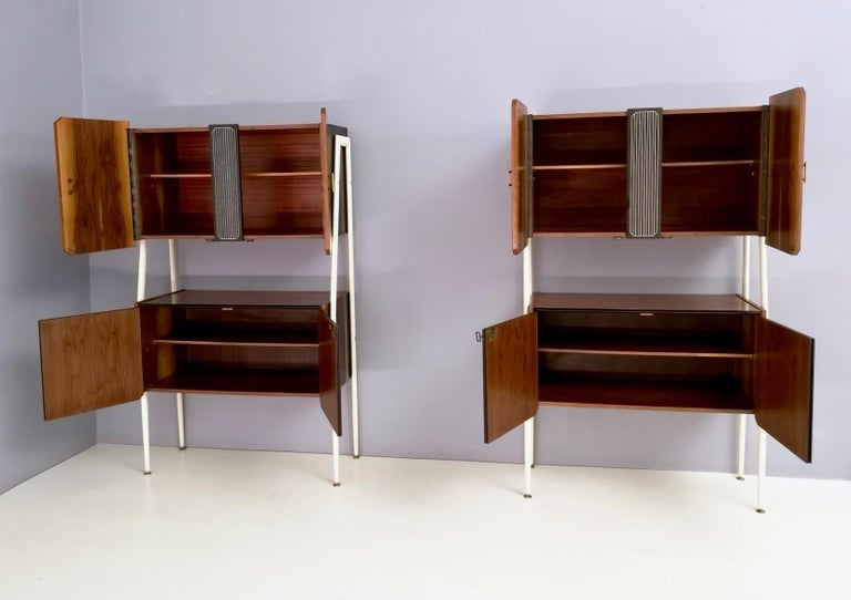 Pair of Midcentury Walnut and Lacquered Wood Cabinets, Italy, 1950s In Excellent Condition For Sale In Bresso, Lombardy