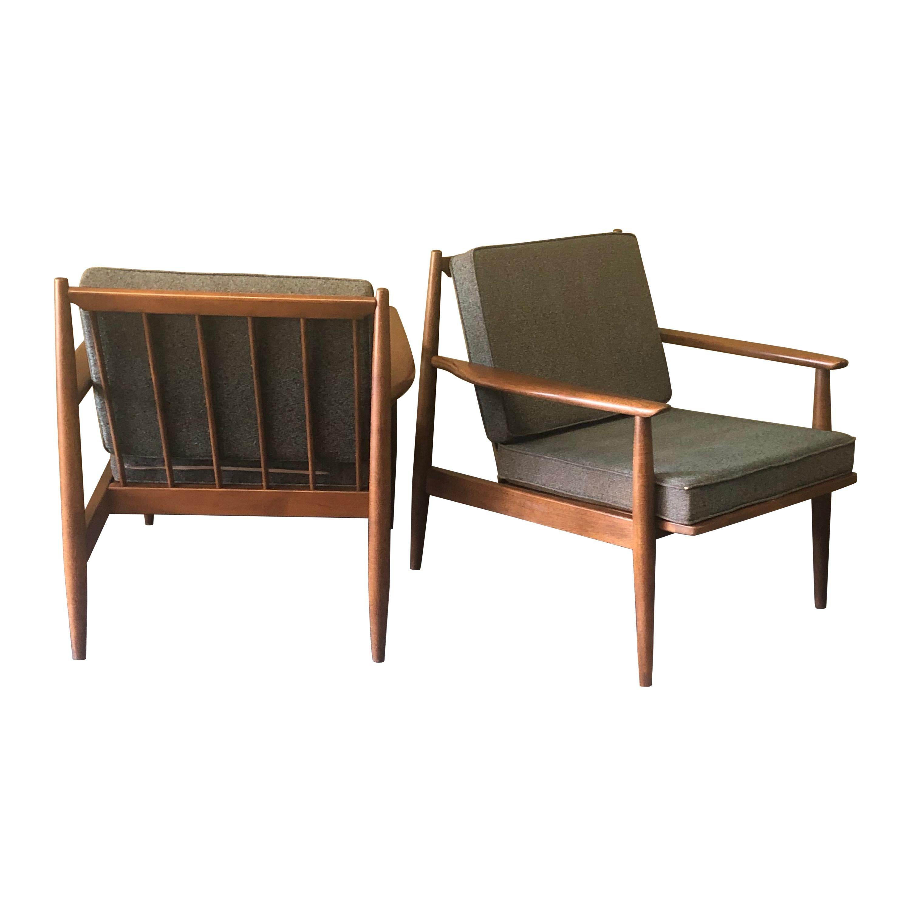 Pair of Midcentury Walnut Lounge Chairs by Viko Baumritter for Baumritter