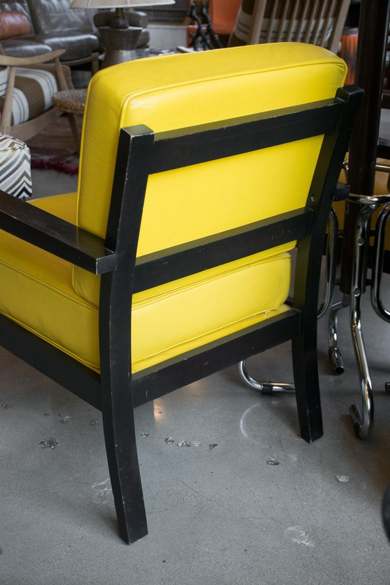 20th Century Pair of Midcentury Yellow Leather Armchairs For Sale