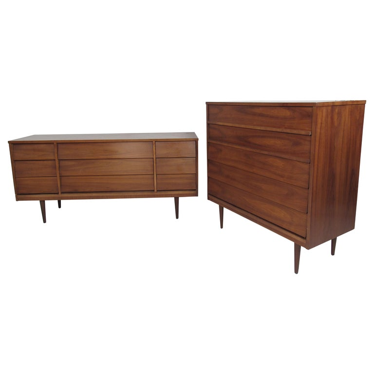 Pair of Midcentury American Walnut Dressers by Dixie Furniture For Sale