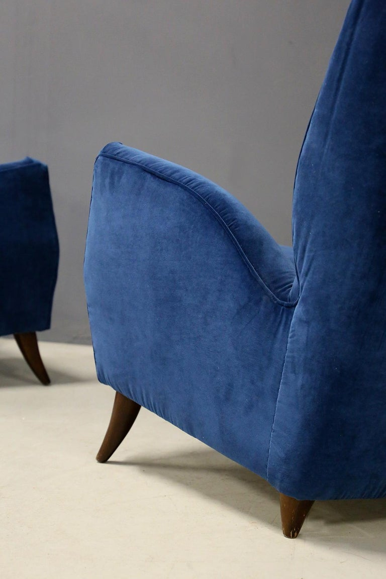 Mid-Century Modern Pair of Midcentury Armchairs Attributed by Gio Ponti in Velvet, 1950s