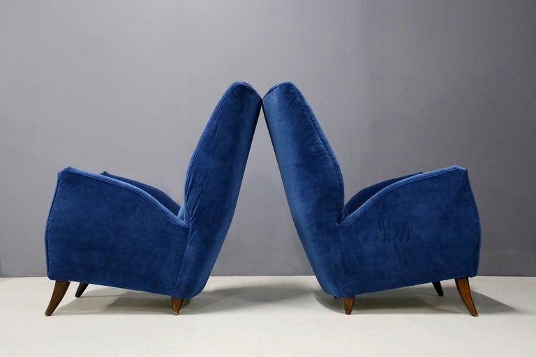Pair of Midcentury Armchairs Attributed by Gio Ponti in Velvet, 1950s 1