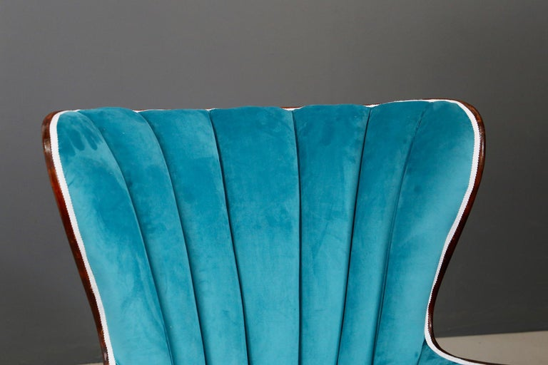 Pair of Midcentury Armchairs Blue Velvet Attributed to Paolo Buffa, 1950s For Sale 6