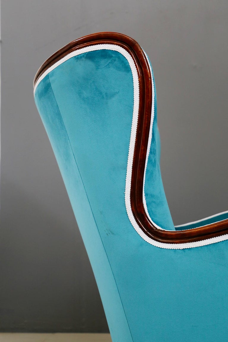 Pair of Midcentury Armchairs Blue Velvet Attributed to Paolo Buffa, 1950s For Sale 8