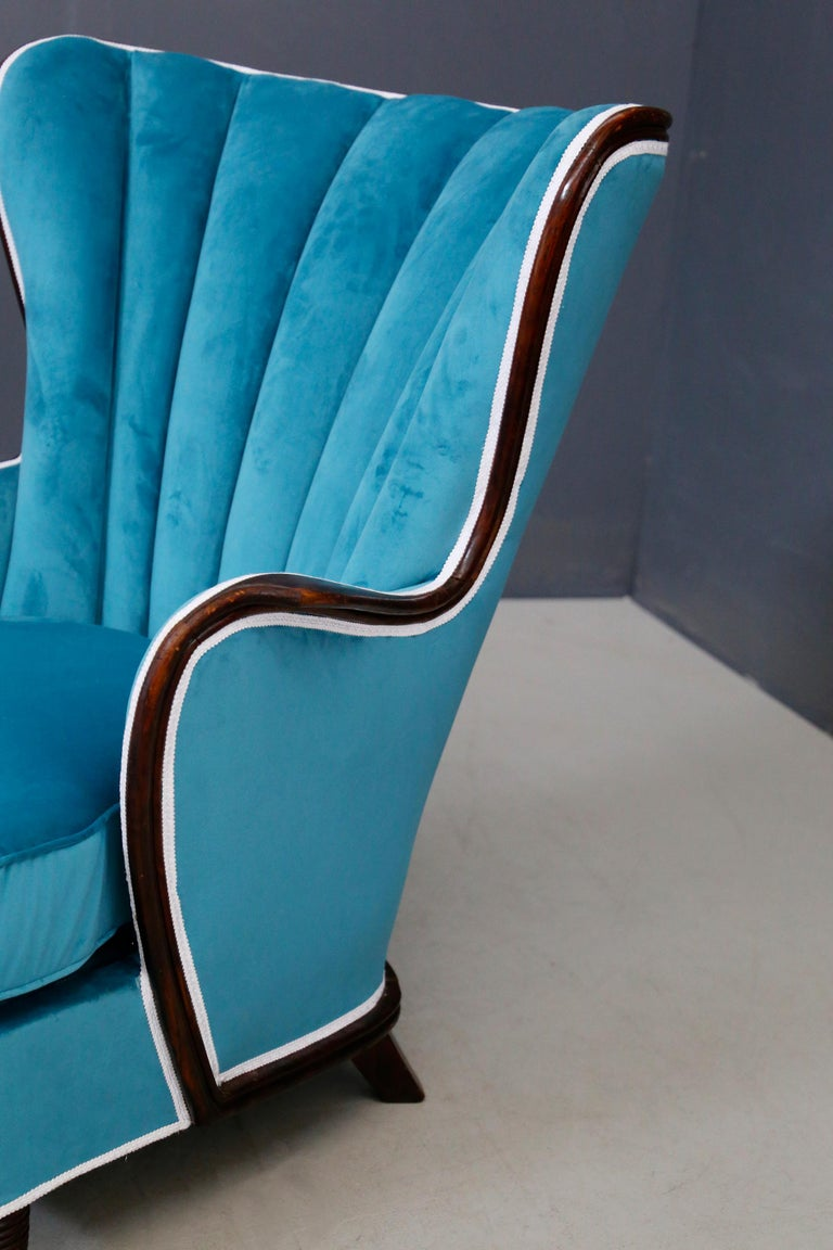 Pair of Midcentury Armchairs Blue Velvet Attributed to Paolo Buffa, 1950s For Sale 9