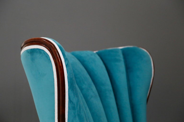 Pair of Midcentury Armchairs Blue Velvet Attributed to Paolo Buffa, 1950s For Sale 10