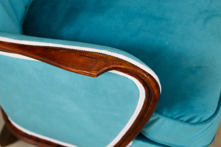 Mid-20th Century Pair of Midcentury Armchairs Blue Velvet Attributed to Paolo Buffa, 1950s For Sale