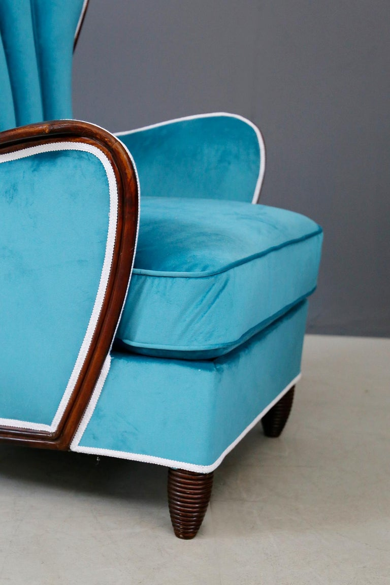 Pair of Midcentury Armchairs Blue Velvet Attributed to Paolo Buffa, 1950s For Sale 1