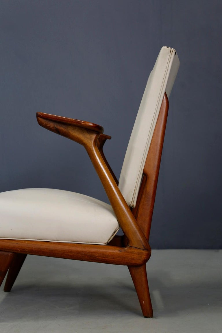 Pair of Midcentury Armchairs by Giuseppe Scapinelli in Solid Wood, 1950s For Sale 4