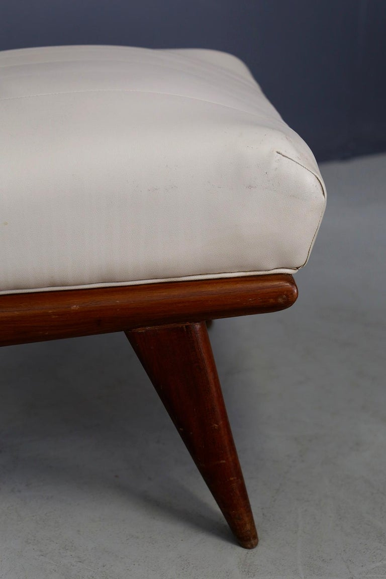 Pair of Midcentury Armchairs by Giuseppe Scapinelli in Solid Wood, 1950s For Sale 1