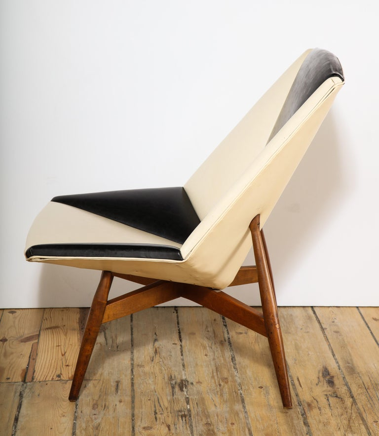 Pair of Midcentury Armchairs For Sale 10