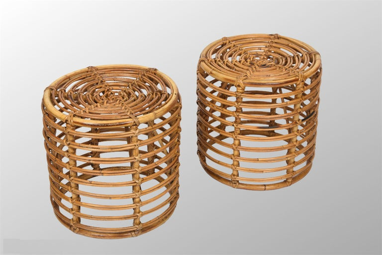 Pair of Midcentury Bamboo and Wicker Italian Pouf Stools, 1960s In Good Condition In Roma, IT
