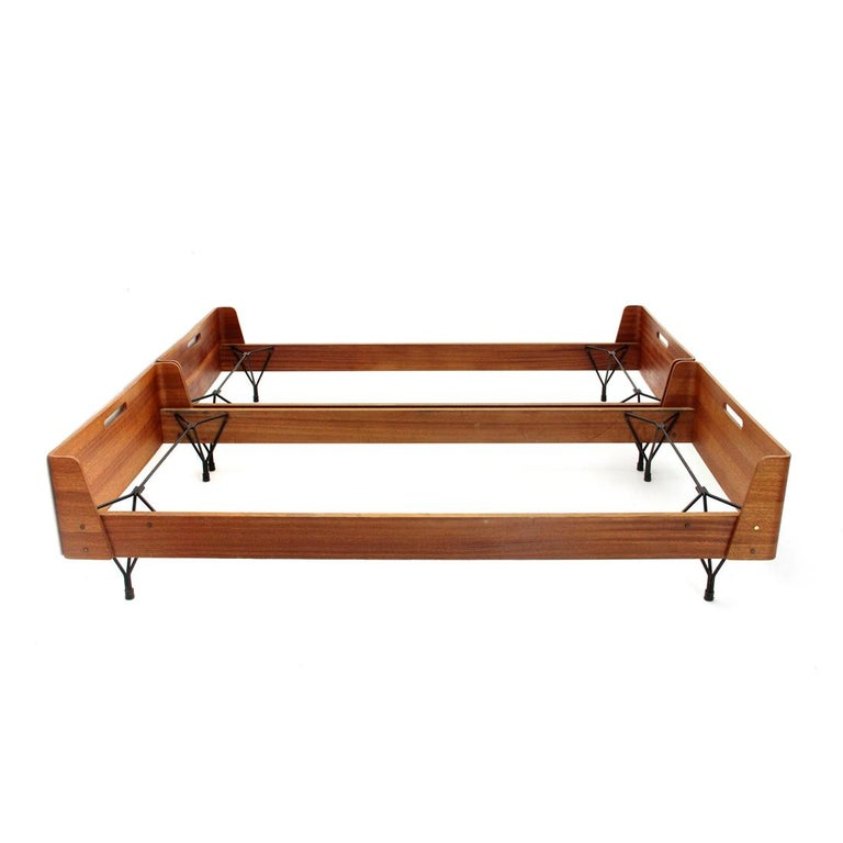 Mid-20th Century Pair of Midcentury Bed by Gastone Rinaldi for RIMA, 1950s For Sale